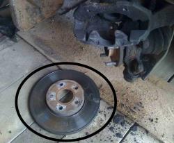 Замена передних тормозных дисков Форд Транзит